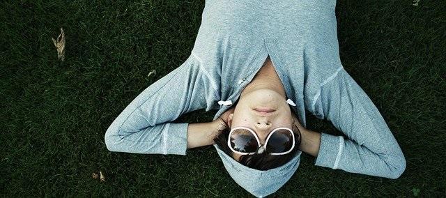 【筋トレの睡魔を撃退】筋トレをすると眠くなる?筋トレと眠気の関係性と対処法を紹介