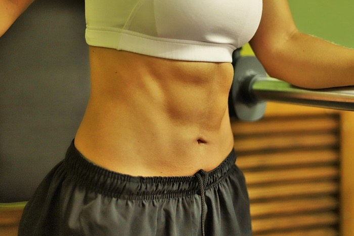 【恵比寿 パーソナルトレーニング】効率よく腹筋を鍛えるトレーニングを動画で紹介