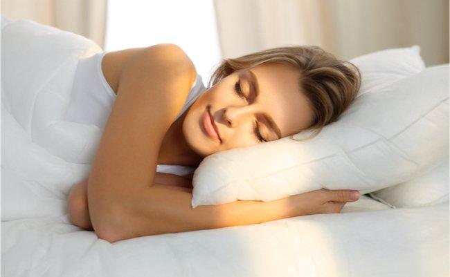 【眠りを味方に】ダイエットと睡眠時間の関係を紹介!